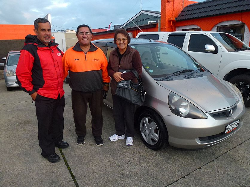 Mr and Mrs Waititi looking good with their new car.